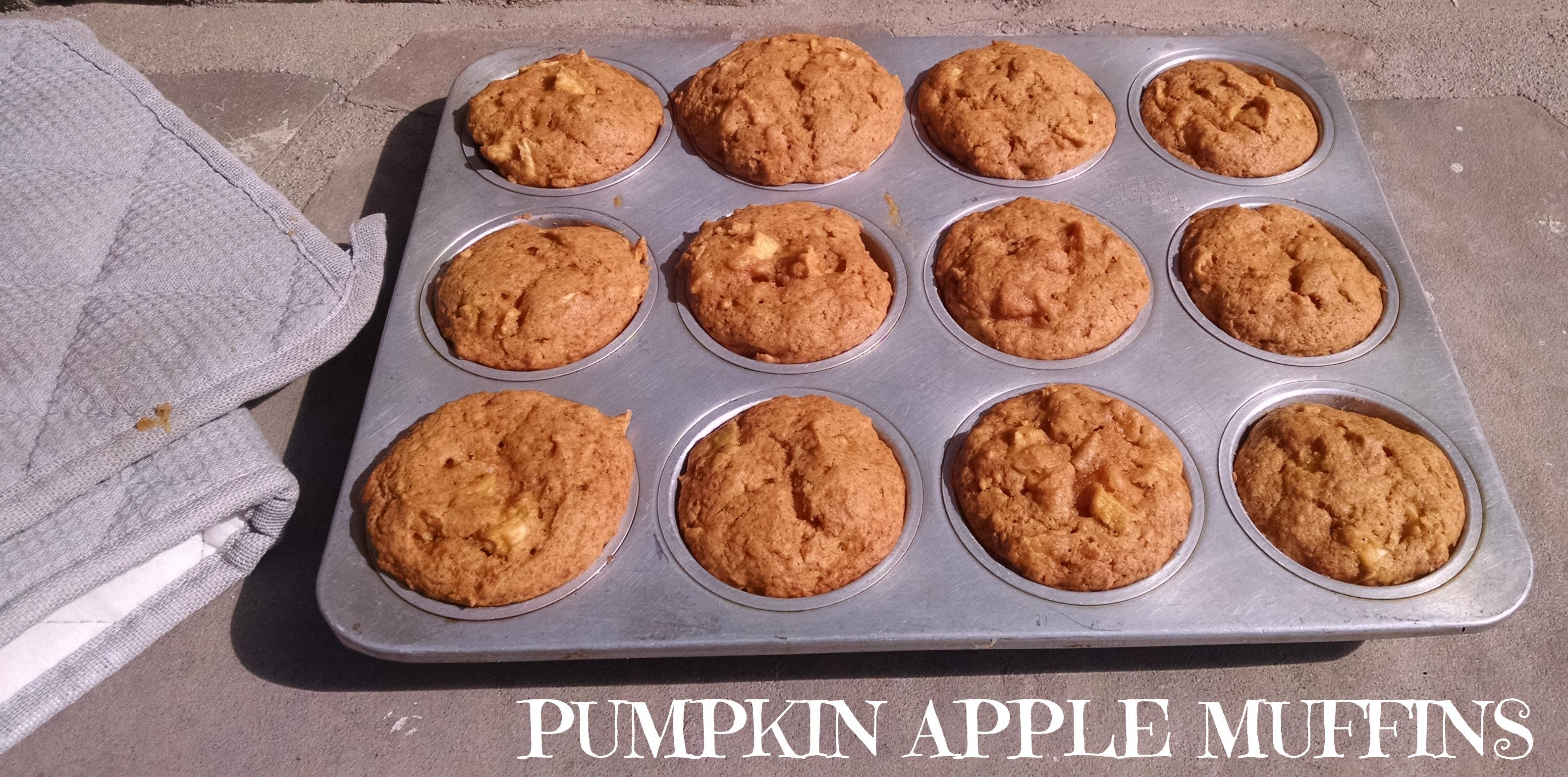 Mojo » Let's Bake: Pumpkin Apple Muffins